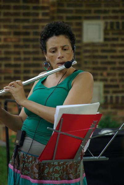 Nicole Mitchell (world renowned flutist).