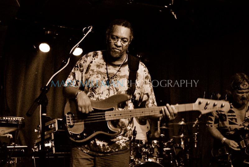 Serious Funk (George Porter Jr & Runnin' Pardners- Sullivan Hall- Fri 6/4/10)