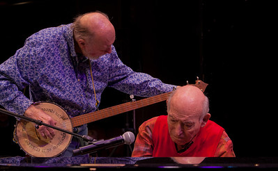 Pete Seeger and Geroge Wein, sound check.