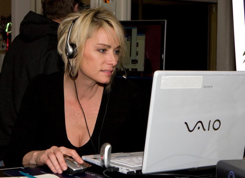 DJ Julia Gulia