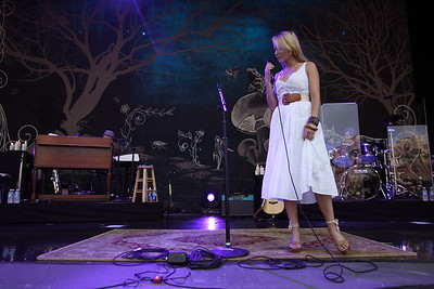 Jewel in Concert at Mizner Park Boca Raton, Florida