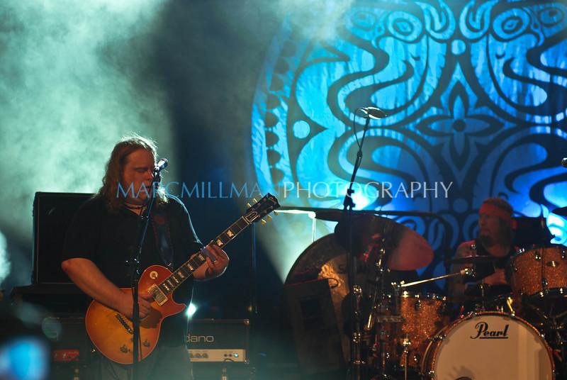 Master of the slide<br /> <br /> Gov't Mule (Summerstage- Wed 8/11/10)