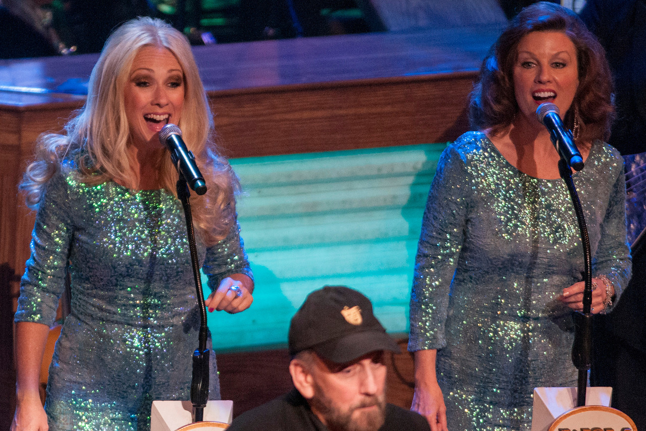Ray Stevens back up singers at the Grand Ole Opry 87th Birthday Party in Nashville,Tennessee.