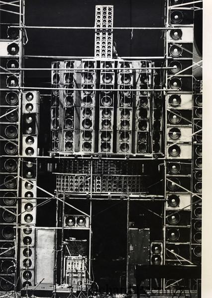 Center Cluster, vocal array, Winterland, 2/23/1974