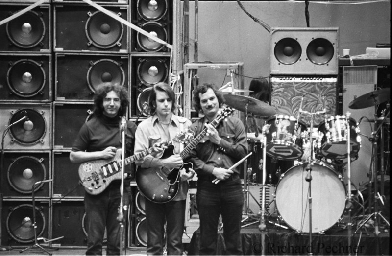 Jerry, Bobby & Billy goofin' off during sound check, Portland Memorial Coliseum  5.19.74