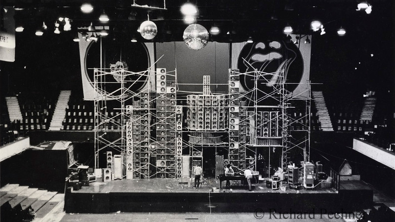 Winterland, 2.23.1974.  Early version of Wall of Sound, awaiting the finish of the 2 piece  Center Cluster. Cropped.