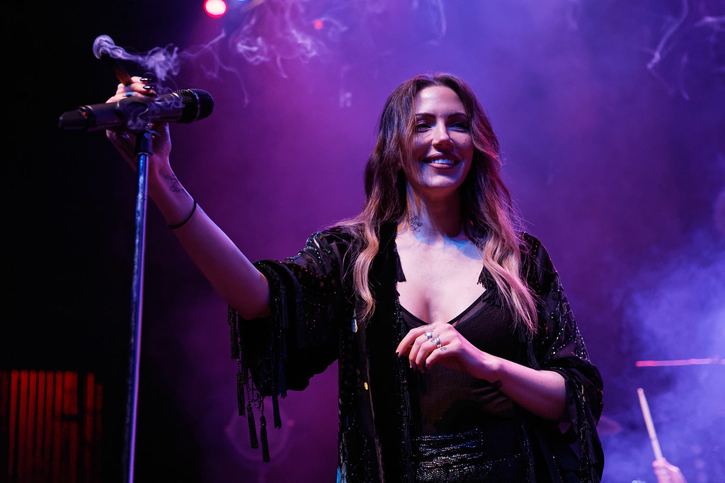 . Dorothy live at Fillmore Detroit on 5-22-2018.  Photo credit: Ken Settle