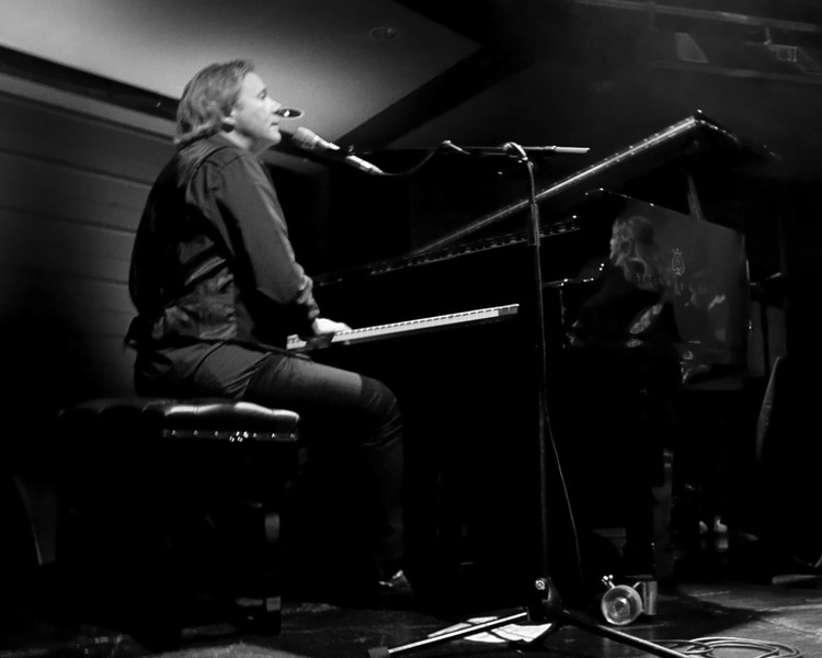 Gretchen Peters and Barry Walsh
