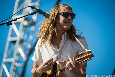 Andrew Wessen of Grouplove performs on December 1, 2012 during 97X Next Big Thing at Vinoy Park in St. Petersburg, Florida