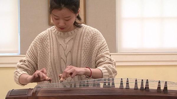 郭晅菲 (Emily Guo)