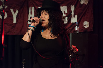 ANITA CHELLEMAH and the Devil's tunes