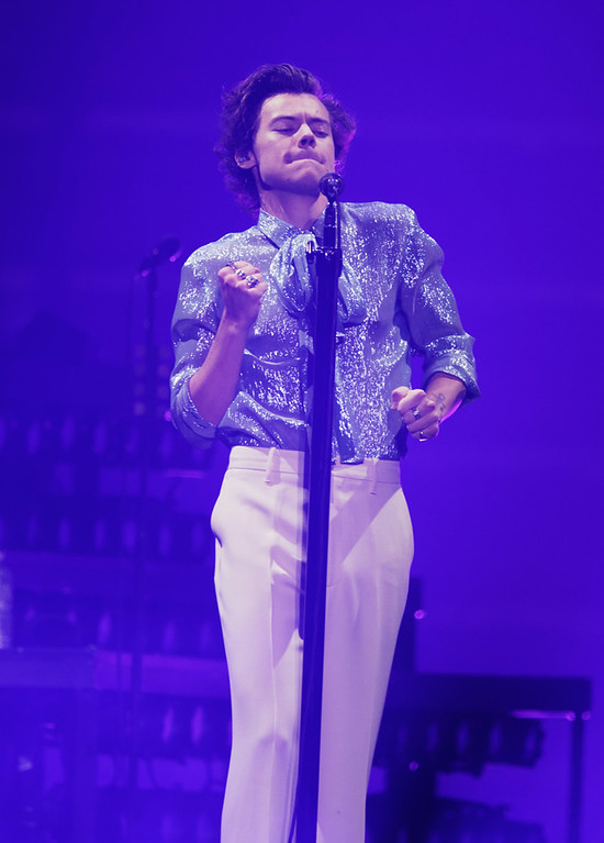 . Harry Styles live at Little Caesars Arena in Detroit on 6-26-18, photo credit: Ken Settle
