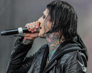 MOTIONLESS IN WHITE AT THE ROCK ALLEGIANCE FESTIVAL