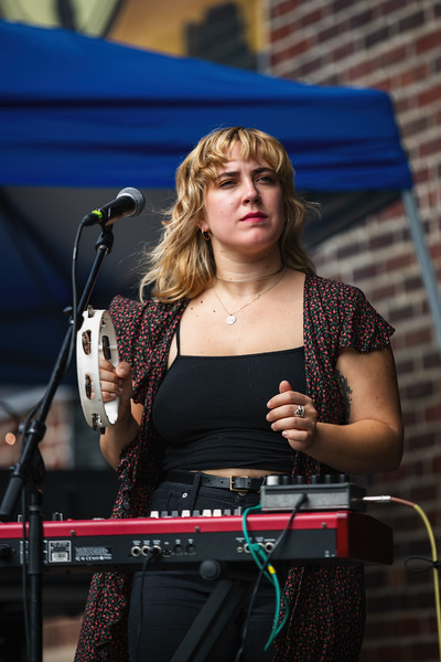 Neighbor Lady on the Main Stage at Holler on the Hill. Photo by Tony Vasquez