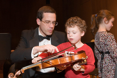 Andy White, violin, with Rafael F. -- Hopkins Symphony Orchestra, March 2008