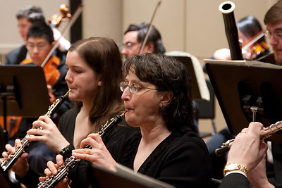Claire Lyons and Mary Haaser, oboes -- Hopkins Symphony Orchestra, March 2011