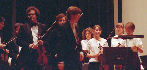 HSO April 1990: Stan Mah, Gary Kim, Concertmaster Andrew White, David Friedlander, Assistant Music Director Eric Townell, Jennifer Emtage, Prin. 2nd Vln Katherine Wiley, _____, Laurie Buzak (White)