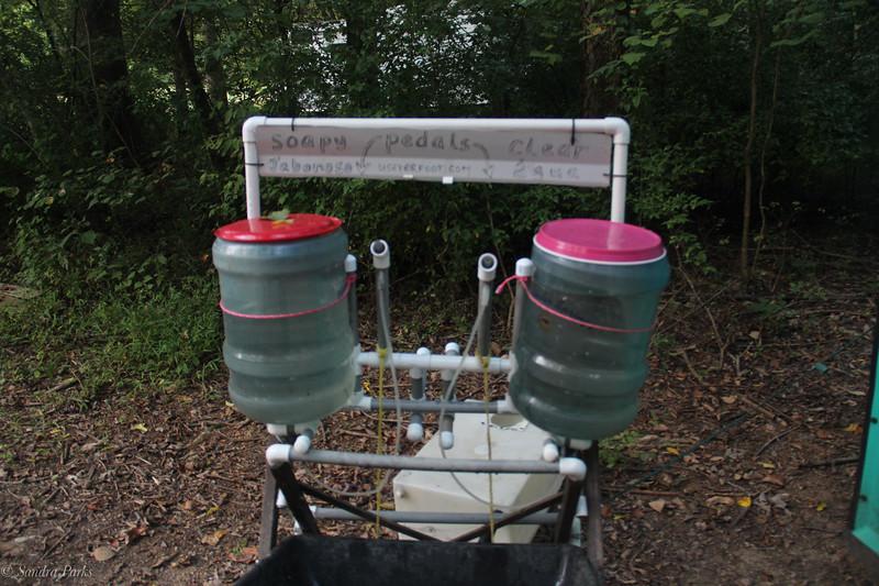 Ye olde handwashing station. Great desing