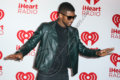 LAS VEGAS, NV - SEPTEMBER 21:  Singer Usher Raymond arrives at iHeartRadio Music Festival press room at MGM Grand Garden Arena on September 21, 2012 in Las Vegas, Nevada.  (Photo by Chelsea Lauren/WireImage)
