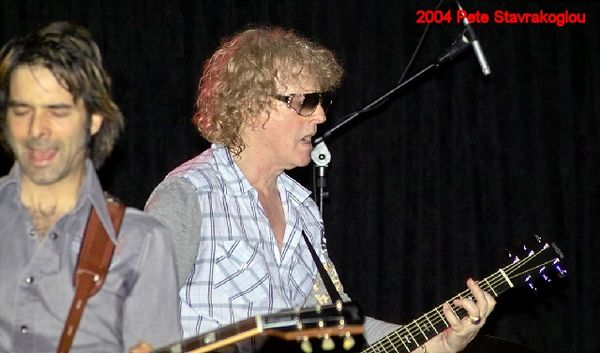 (L to R) Jack Petruzzelli and Ian Hunter