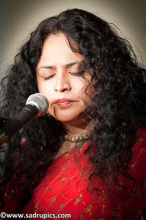 Ms. Indira Naik, Ghazal and Sufi singer