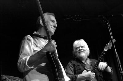 Colin Hodgkinson and Frank Dietz at L'Inouï, December '08