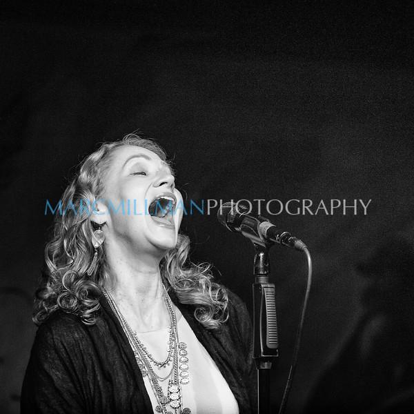 Joan sings Bob Dylan