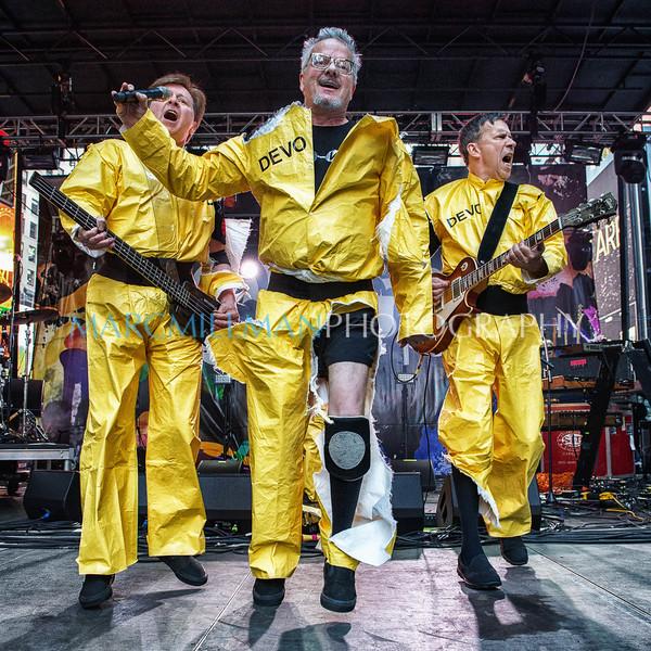 Devo @ CBGB Festival (Sun 10/12/14)