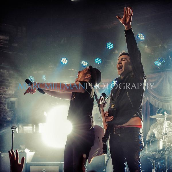 Patrick & Pete hype the crowd