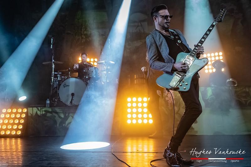 Scott Holiday (Gibson Firebird) - Rival Sons @ Trix - Antwerp/Amberes - Belgium/Bélgica