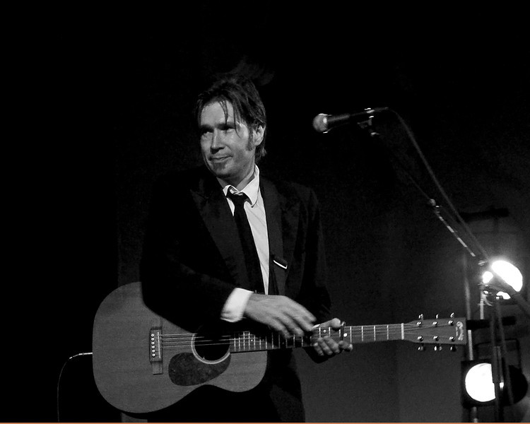Justin Currie at Gateshead Old Town Hall 01