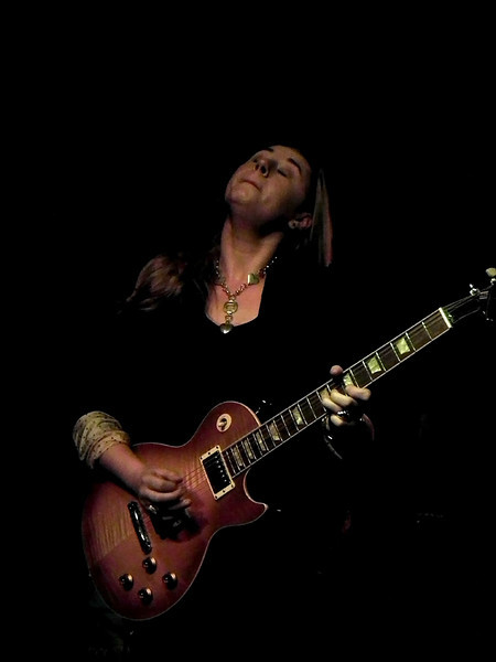 Joanne Shaw Taylor at Cluny, Newcastle