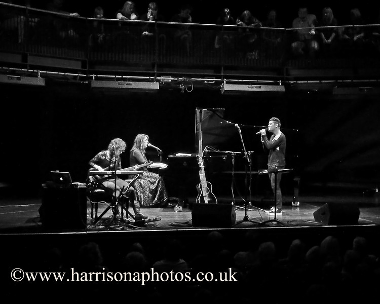 Beth Nielsen Chapman and Ruth Trimble Joe McElderry at Sage Gateshead