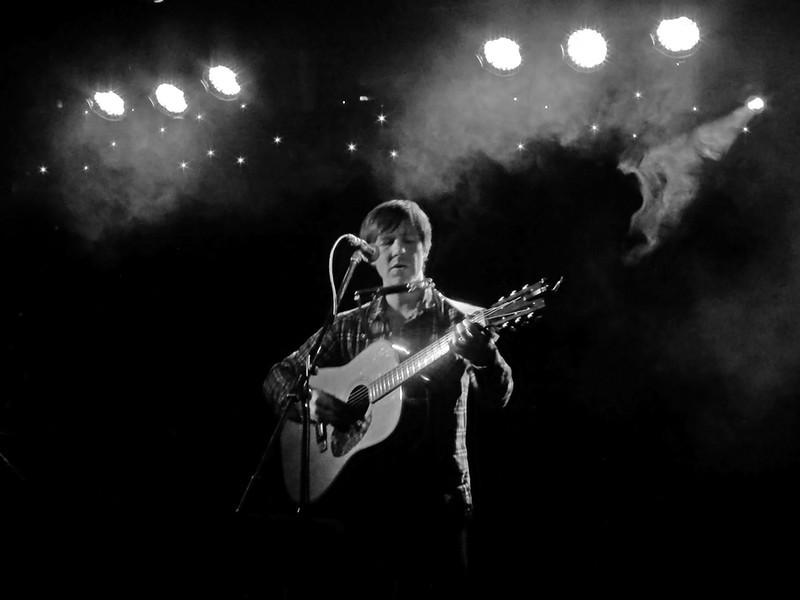 Singer-Songwriter Malojian from Belfast
