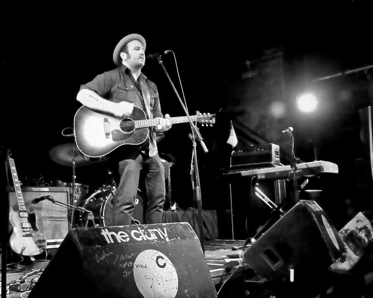 Canadian singer-songwriter Dennis Ellsworth