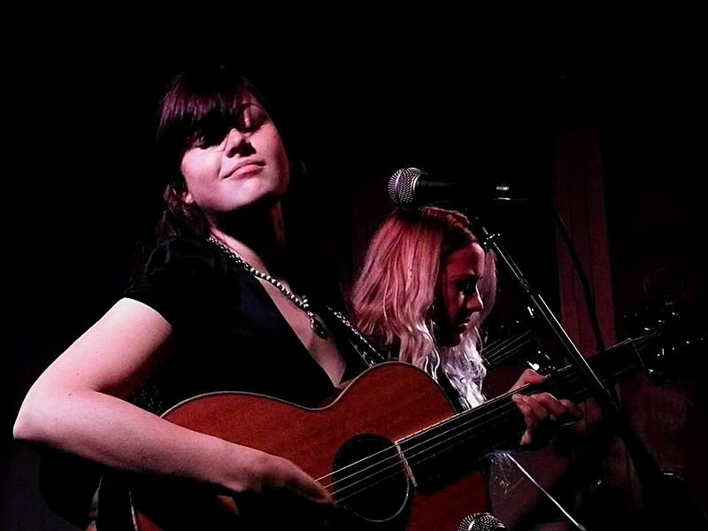 Larkin Poe @ Central Bar Gateshead 2011