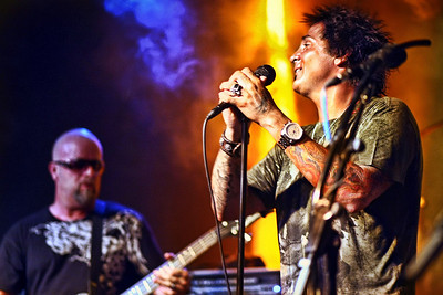 Guest singer - Deen Castronovo of Journey.