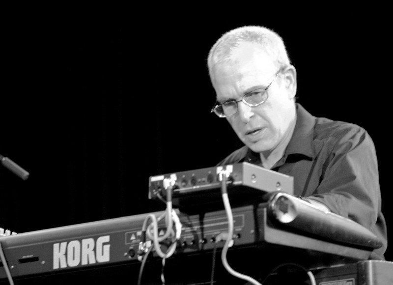 4 Jefferson Dalby, Keyboard, Jaafar Music - Sep 21 2007, Carrboro ArtsCenter (912p)2