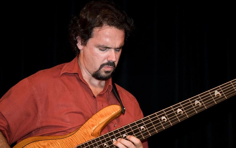 1 Troy Cole, Bass & Bndleadr, Jaafar Music - Sep 21 2007, Carrboro ArtsCenter (935p)