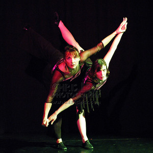 "Agnieszka Laska Dancers perform ""Compare and Contrast"""