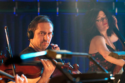 Magnetic Man'a string section