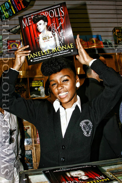 Artist Janelle Mona'e CD Signing Atlanta, GA