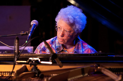 Janis Ian doing her sound check on the Steinway at Music Hall, Tarrytown, NY.