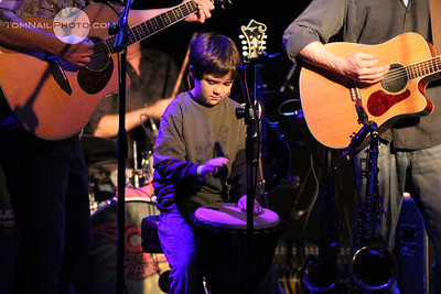 Student concert shutter play Sol train 1307
