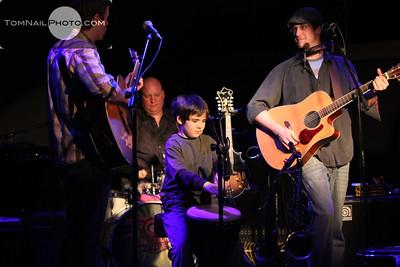 Student concert shutter play Sol train 1308