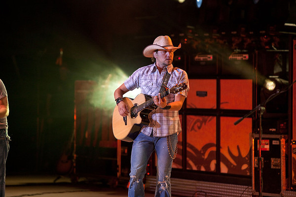 Jason Aldean - Western Washington Fairgrounds - Puyallup WA - 091109