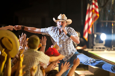 Jason Aldean - Western Washington Fairgrounds - Puyallup WA - 09-11-10