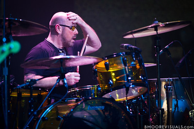Jason Bonham, son of Led Zeppelin drummer John Bonham, takes a quick breather between songs during his Led Zeppelin Experience at Ruth Eckerd Hall in Clearwater, Florida on November 14, 2010