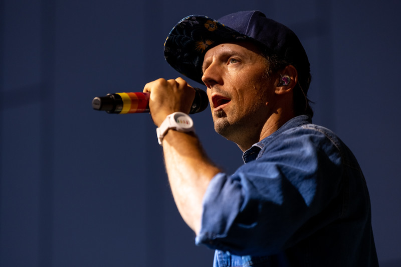 Jason Mraz at the TCU Amphitheater at White River State Park Indianapolis, IN August 7, 2021. Photo by Tony Vasquez.