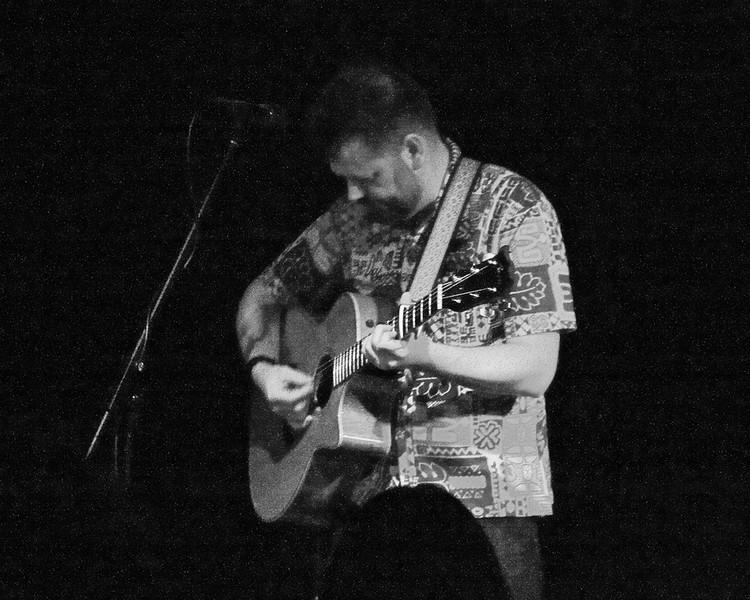 NE Singer-Songwriter Tony Bengtsson